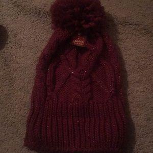 Burgundy scarf, hat abs gloves